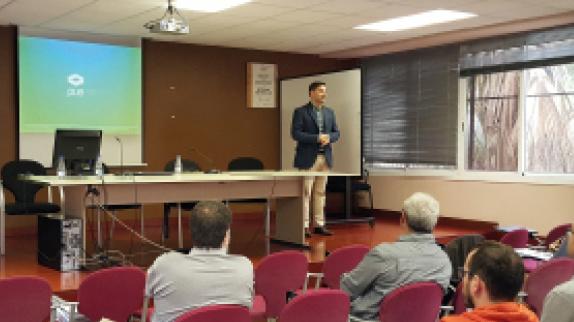 El Departamento de Enseñanza de la Generalitat convoca una jornada de presentación del Programa Oracle Academy