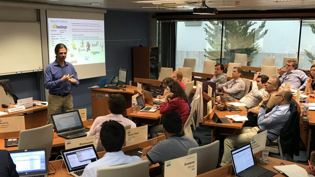 Nuestros expertos en Big Data imparten una sesión de Cloudera en ESADE